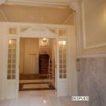 BR&C arquitectos Puerta portal reformada edificio Bilbao