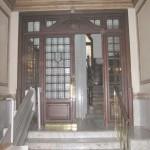 BR&C arquitectos Puerta portal sin reformar edificio Bilbao